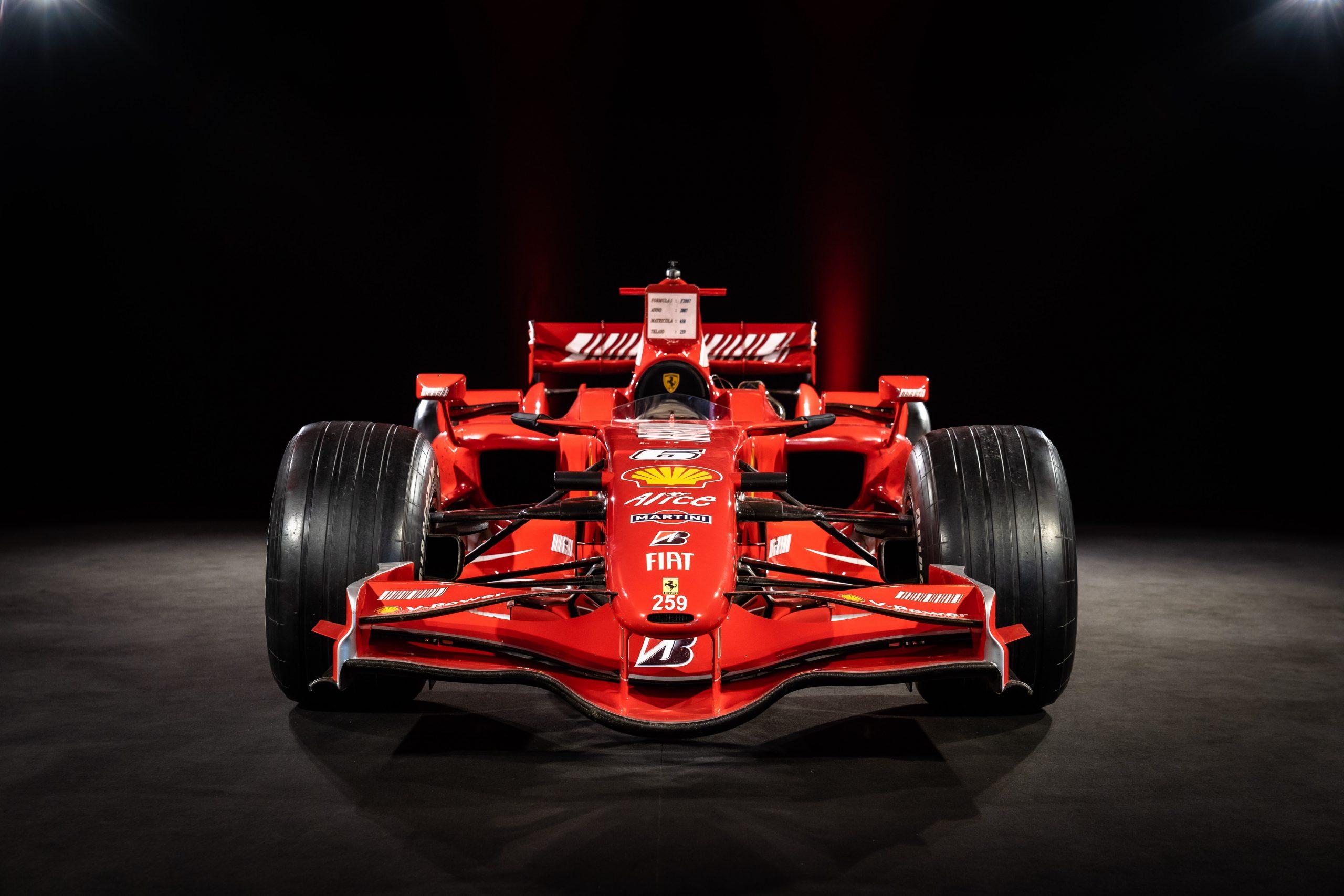 Ferrari F2007 - Front